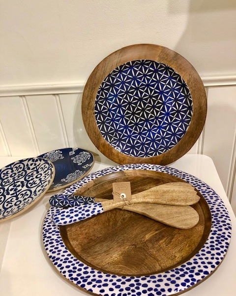 Mango wood and enamel serving trays and salad servers
